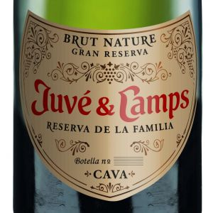 Cava juve y camps reserva familia botella magnum