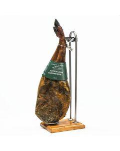 Paleta iberica cebo artesanos jamoneros +18 meses pza 4,5 a 5k